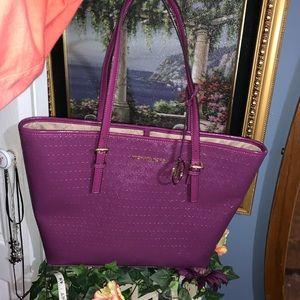 Micheal kors purple big purse